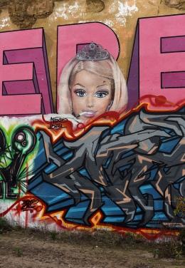 Kreuzberg Barbie Wandmalerei